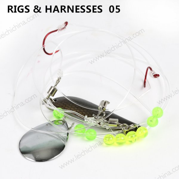 RIGS & HARNESSES  05