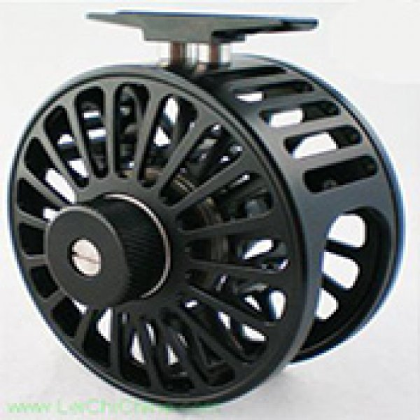 Saltwater fly reel V8-1