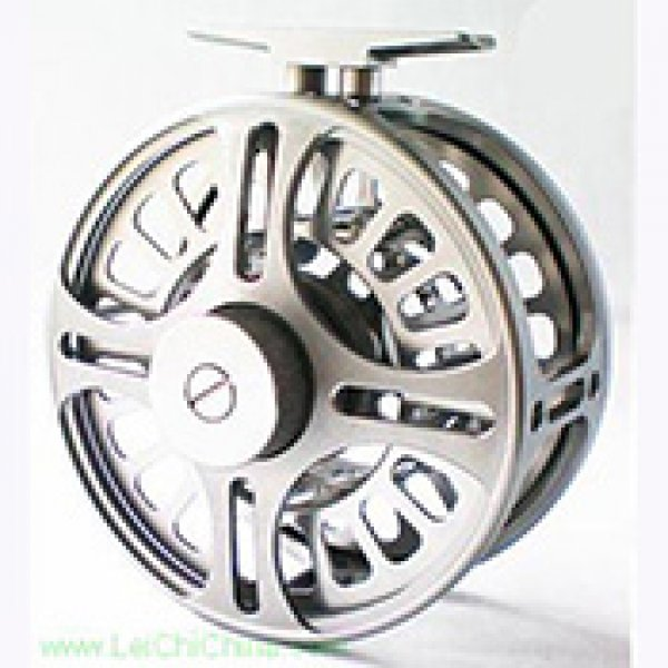 V8-2 Saltwater fly reel