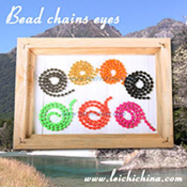 Chain eyes bead
