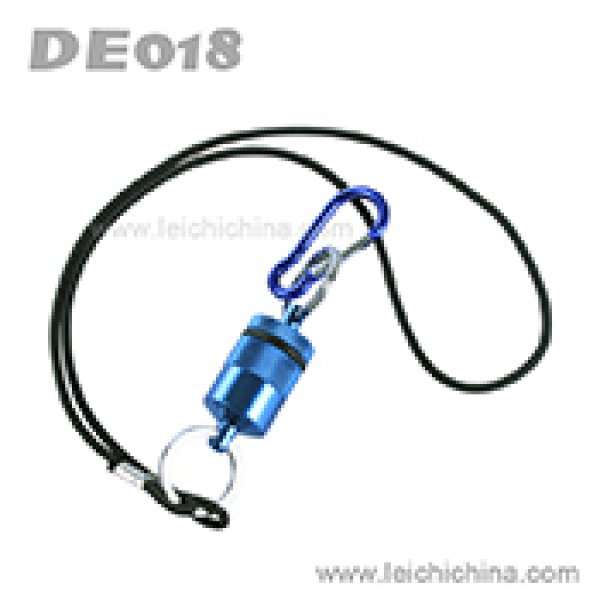 Magnetic net release with lanyard DE-018